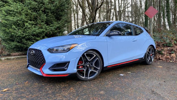 How do child seats fit in the 2019 Hyundai Veloster N? in