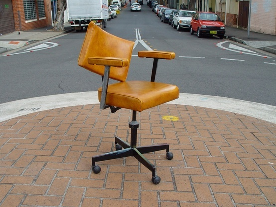 Working the street is the last resort for a lot of these older chairs. No social safety net to depend on, chairs are forced to look to the street to make a buck. Please recycle