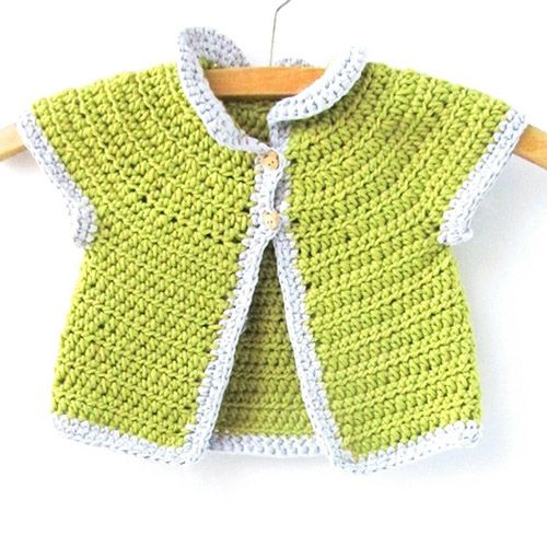Make this gorgeous crochet cardigan for a newborn baby with this lovely cardigan pattern.
