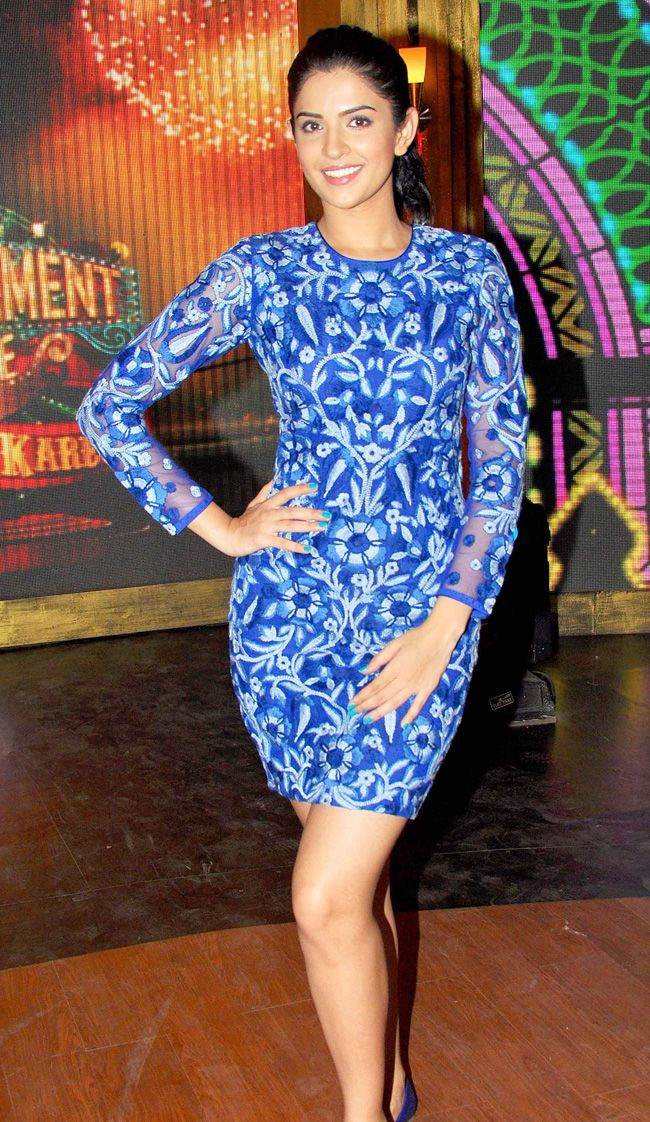 "Deeksha Seth was colour coordinated in a royal blue Jenjum Gadi dress and matching blue flats while promoting ""Lekar Hum Deewana Dil' on the sets of TV show Entertainment Ke Liye Kuch Bhi Karega. #Style #Bollywood #Fashion #Beauty"