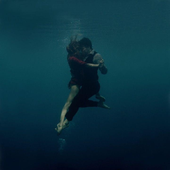 beautiful breathtaking underwater couple dancing... this may be on my bucket list now