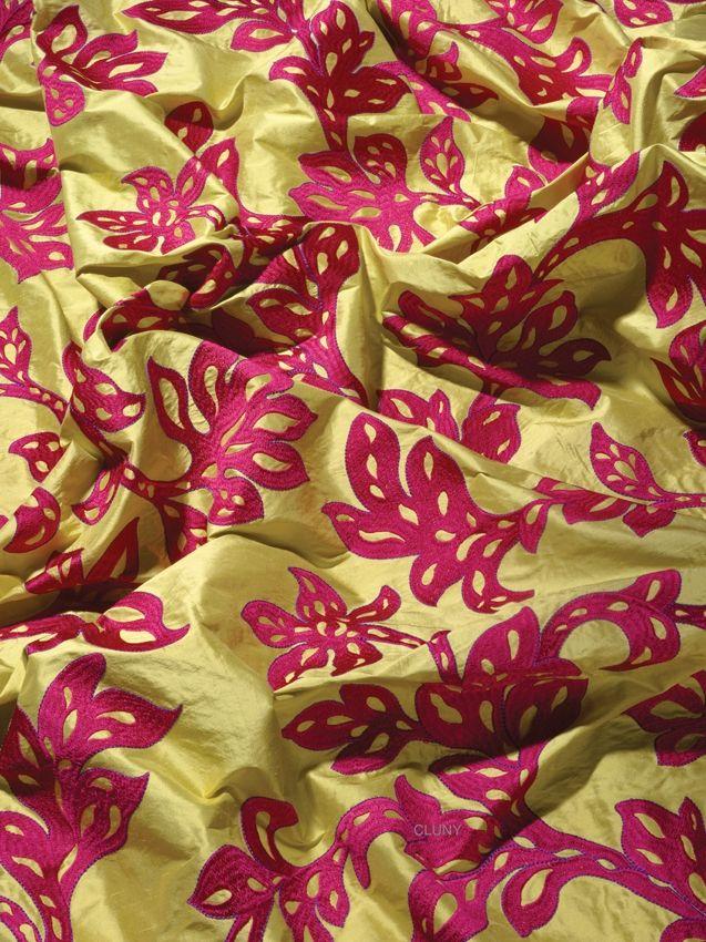 CLUNY: Seda bordada. | Seda brodada. #silk #seda #wind #ontariofabrics