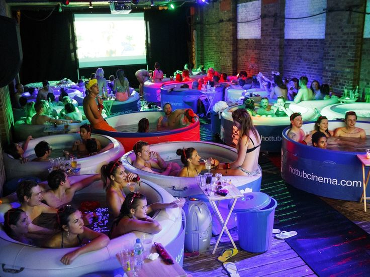 Hot tub cinema in Sydney