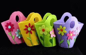 Hasil Penelusuran Gambar Google untuk http://www.estrellableu.com/ekmps/shops/estrellableu/images/felt-basket-with-flowers-1533-p.gif