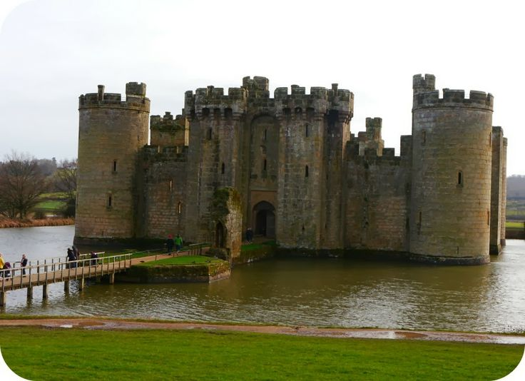 Try a family day out at Bodium Castle in East Sussex, a beautiful National Trust property and lots of fun