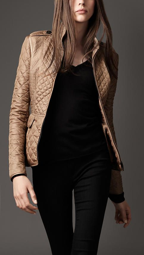 I saw this today at Nordstrom's I LOVE IT!!!   Burberry - CINCHED WAIST QUILTED JACKET: Burberry Jackets, Style, Burberry Quilts Jackets, Clothing, Burberry Cinch Waist, Burberrycinch Waist, Waist Quilts, Coats, Camels Jackets