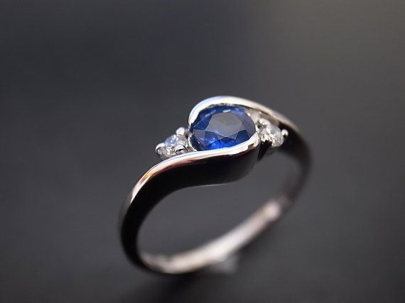 Hey, I found this really awesome Etsy listing at https://www.etsy.com/listing/175369838/diamond-and-blue-sapphire-engagement