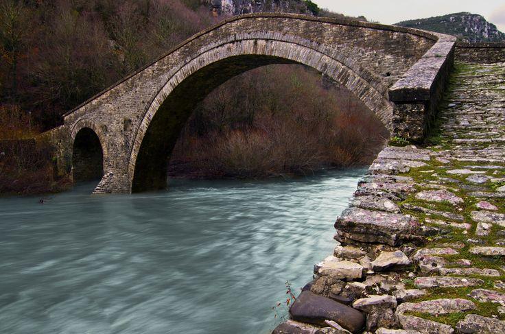 Stone bridge Missiou, Epirus, Greece