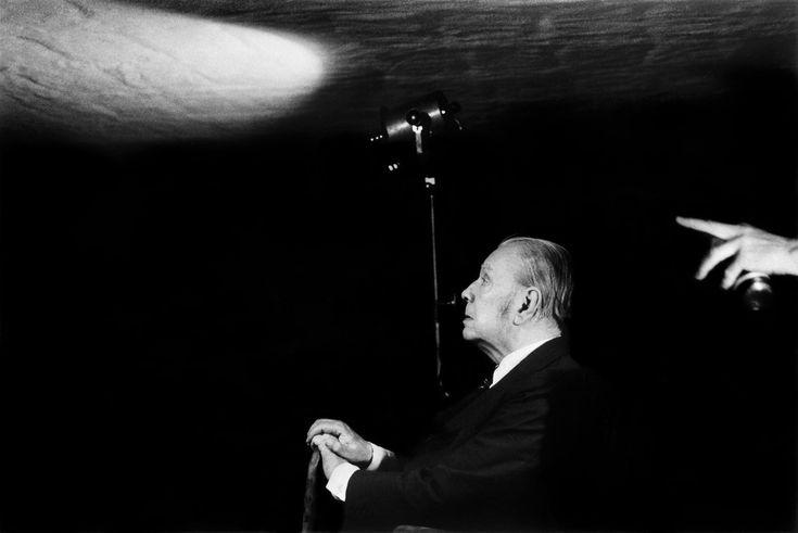 Sobre ser um grande escritor e como quase morrer fez Borges escrever contos