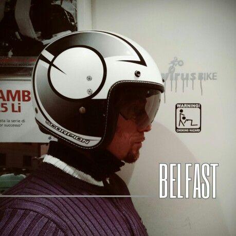 Fascino #Vintage per il neonato #Scorpion #Belfast, senza mai rinunciare al suo ormai celebre comfort delle imbottiture, completamente estraibili, e alla visiera a scomparsa. In anteprima presso #virusbike.