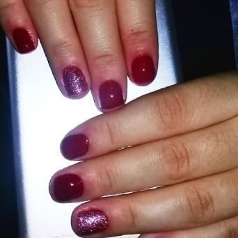 Day to take care of the loves that life presents us. red llexiacosta #nails Day to take care of the loves that life presents us. llexiacosta ...