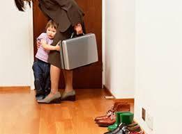 Il senso di colpa delle mamme al lavoro secondo Giovanni Bollea.