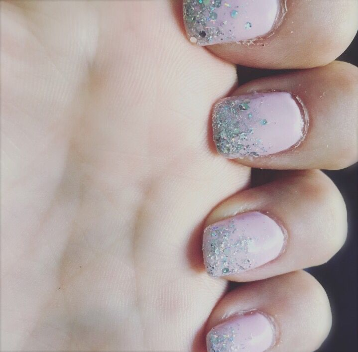 Pink glamour Nails, Pink bride Nails, Married Nails, Baby pink nails, Nail Design Pink, Bruid nagels, Roze nagels, Glitter nagels, Baby Roze Nagels, Nagel inspiratie  Nails made by: Salon By May, Netherlands