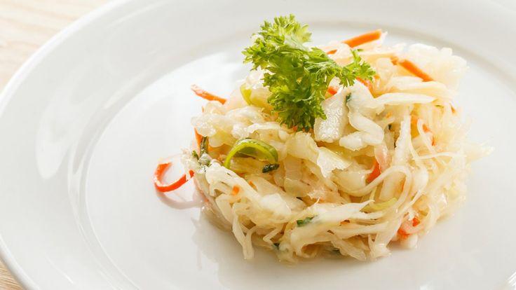 Une recette de salade de chou présentée sur zeste.tv