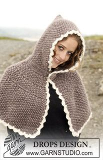 "DROPS Poncho with hood in ""Eskimo"". Size: S-XXXL. ~ DROPS Design"