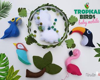 Aves tropicales móvil - selva Mobile - cuna / cuna móvil - guacamayo azul - Flamingo - pájaro del tarareo - tucán - colgante móvil