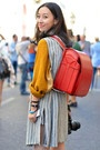 I   http://wweek.com/portland/blog-28425-street_baby_got_backpack.html: Backpacks, As, Clothes Likes, Fall Fashion Trends, Fall Styles, Bags, Backpack Pops, Awesome Backpack