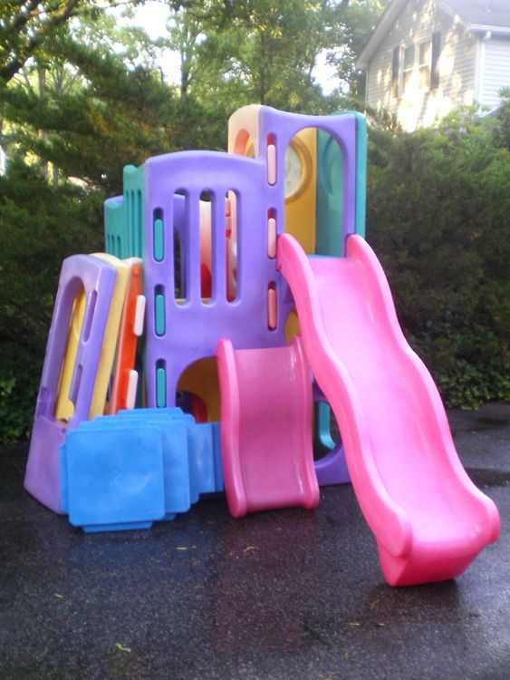 LITTLE TIKES HUGE OUTDOOR PLAYGROUND WITH TUNNELS