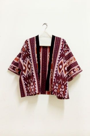 A very cool ethnic bolero/outerwear from cottonink shop -- pattern and fabric originated from Nusa Tenggara Timur, Indonesia. Definitely make a statement.