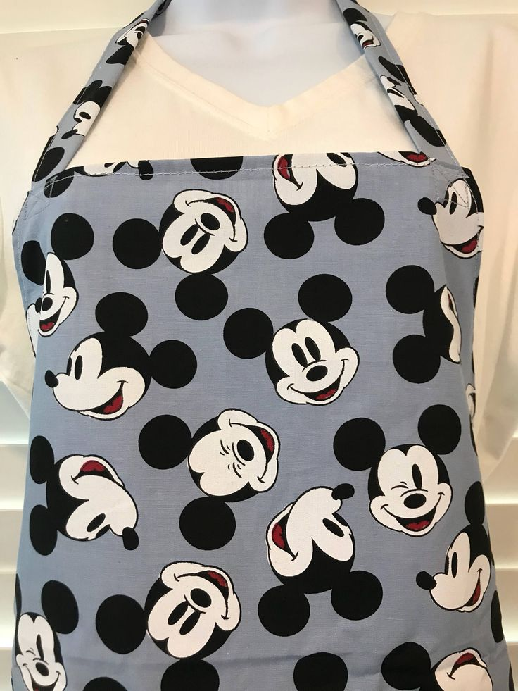 Mickey Apron / Mickey Mouse apron / disney apron / winking Mickey Mouse / Mickey Mouse faces apron / Mickey Mouse party / teacher apron