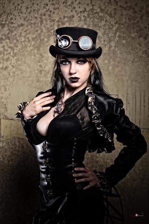 Steampunk/Gothic Ladies | Beauty | Fashion | Costume | Couture |