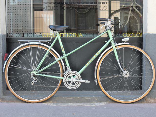 Peugeot Vert clair 1