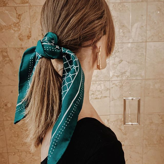 Green White Silk Hair Scarf From Herminehold Com Regram Via Bvhshuslcyz Silk Scarf Hair Head Scarf Styles Scarf Hairstyles