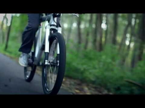 """""""It's not an e-bike it's an e-motorbike"""" www.grace.de  - wonderful but still too expensive :-( - #ebike #bike #motorbike #ev #electic #sustainable #design #video #German #technology"""