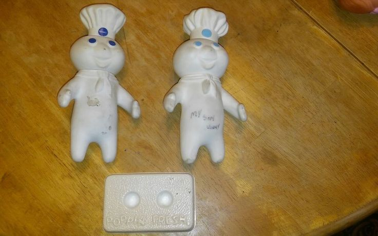 VINTAGE 1970's PILLSBURY DOUGH BOY SQUEEZABLE FIGURES Lot of 2 w/ 1 stand