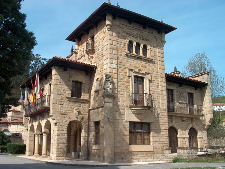 Palacio de Fuentes Pila, Valles Pasiegos #Cantabria #Spain #Travel