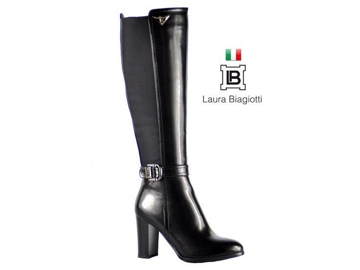PODZIMNĚ-ZIMNÍ KOZAČKY LAURA BIAGIOTTI S PÁSKEM A SPONOU KOLEM KOTNÍKU Elegantní luxusní černé kozačky na hrubším podpatku. Kolem kotníku mají pásek s elegantní sponou a také logo LAURA BIAGIOTTI. #podzimnikozacky #zimnikozacky #laurabiagiotti #damskaobuv #italskamoda