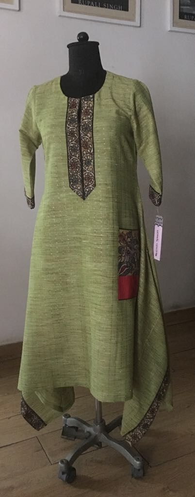 Rupali Singh Design #cotton #handwoven #tunic #antifit #kalamkari