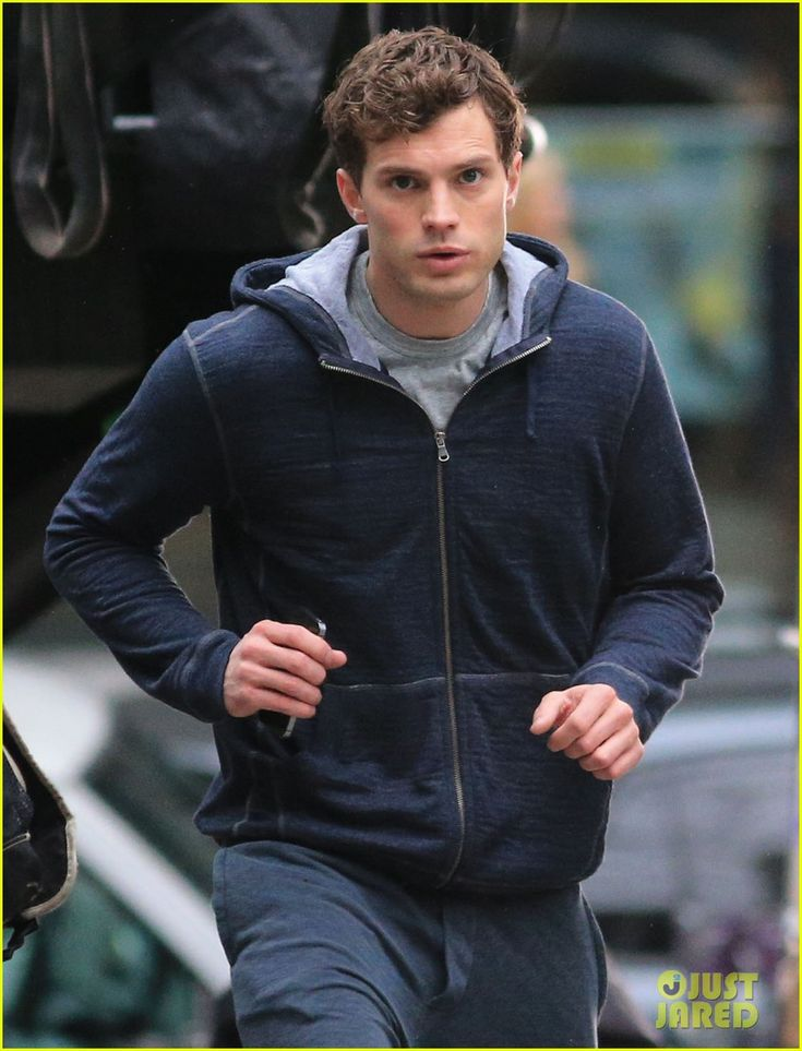 Jamie Dornan Runs in the Rain for 'Fifty Shades of Grey ...