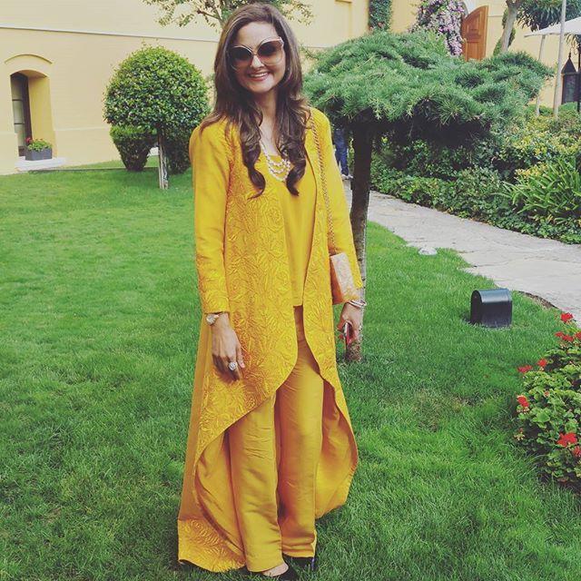 Sehr Ashar looks stunning in an IVY Original at Anush's Pre-Sangeet Lunch at Sultanahmet, Istanbul. #Lahore #weddings #Summer #Istanbul #TurkeyWedding #wow #Stunning #pretty #MustWear #MustHave #Toronto #rome #Fashion #PakistaniWedding #Delhi #Mumbai #Yellow #Embroidery #Fashionista #Diva #BestDressed #Munush #AnushAmmar #AnushMunib