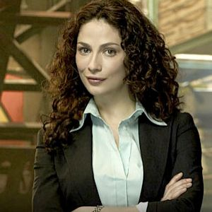 Joanne Kelly. Personally I liked her best as Bianca the vampire, but hey...