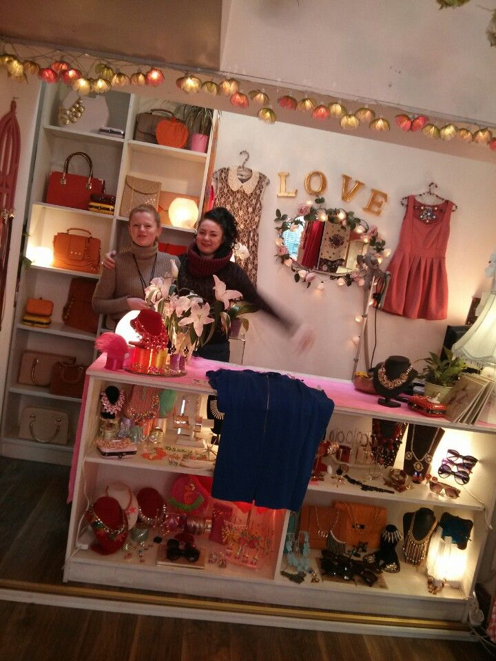 Om Diva (vintage clothes / accessories) #dublin #shopping