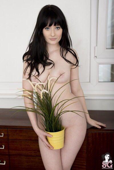 naked virgine black girl fucking