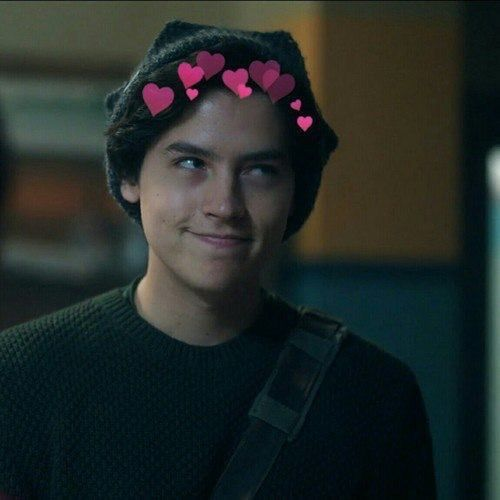 ( @colesprouse )