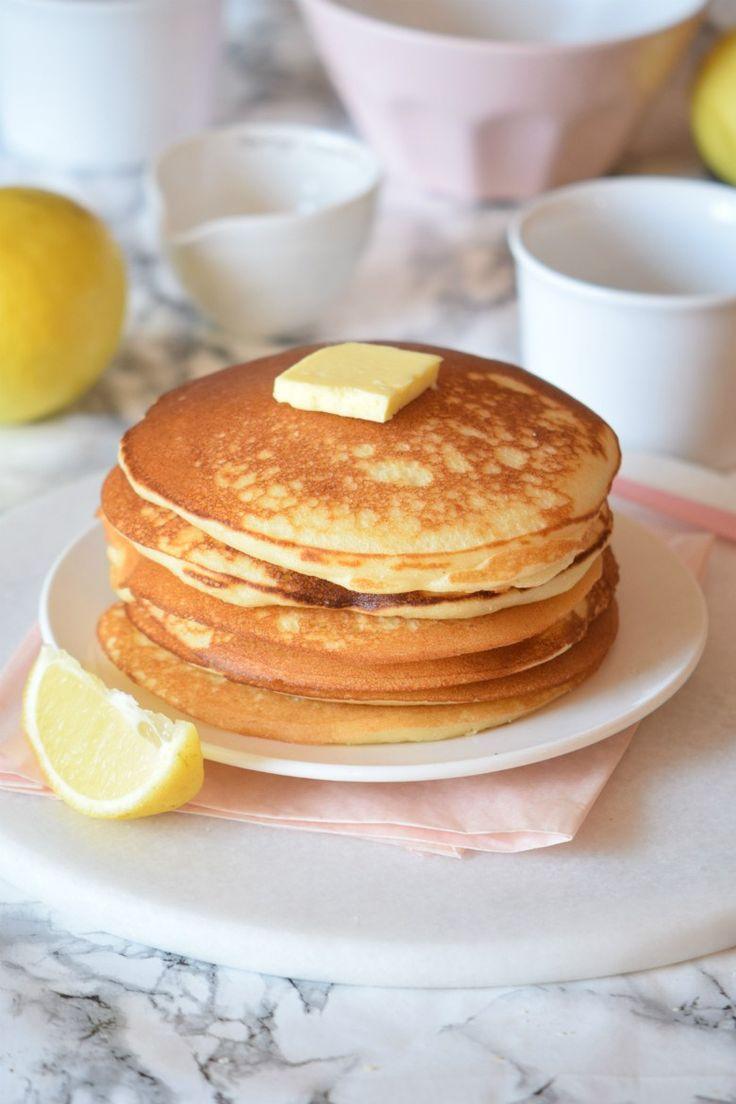 This easy lemon pancake recipe is everything you'll want to eat. Seriously guys BEST Lemon Pancake Recipe EVER!!!