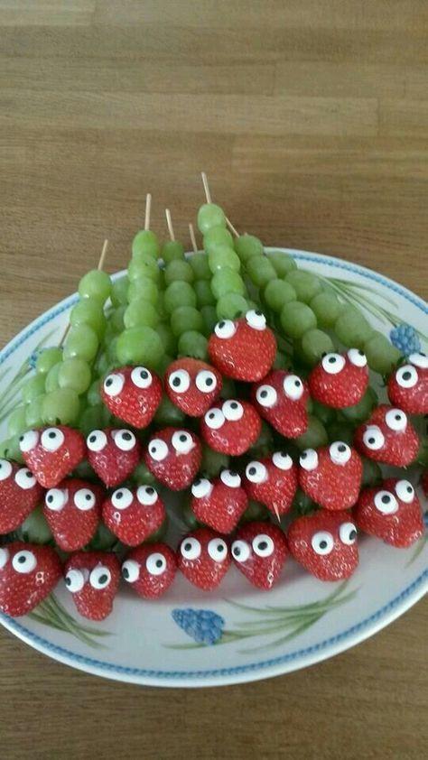 cute kid snacks with fruit! little caterpillars!
