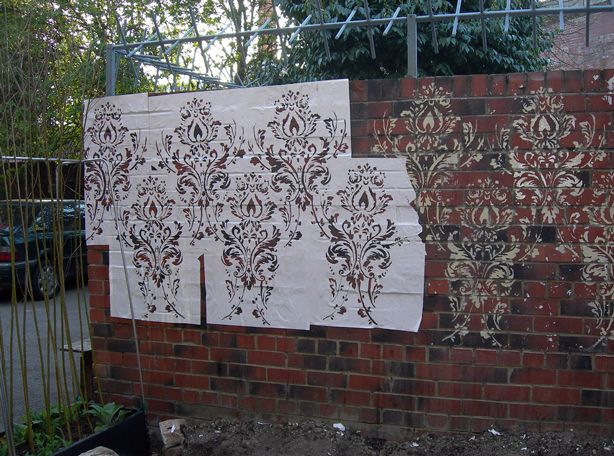 Awesome Use Outdoor Paint And Stencil A Brick/stucco/ugly Wall In Your Garden