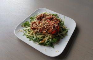 Een koolhydraatarm voor- of bijgerecht, broccoli met een kaassausje. Dit gerecht is gemakkelijk en snel te maken