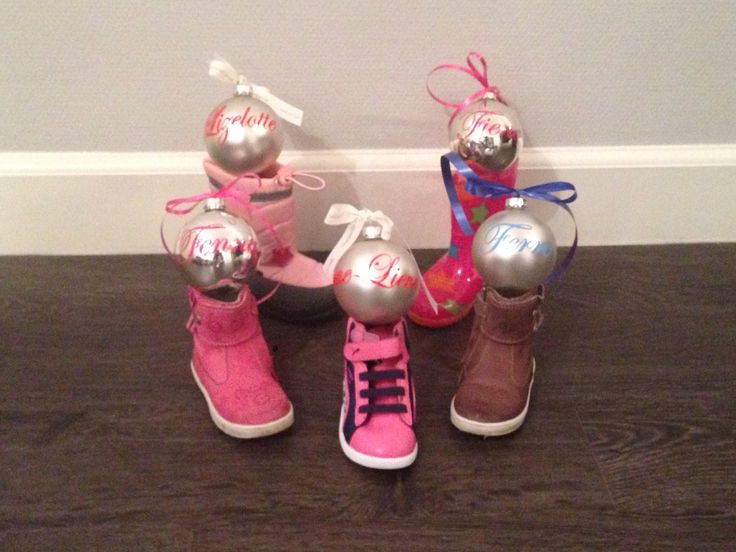 Leuk voor kerst!! Kerstbal met naam!!