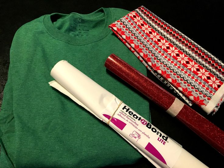 Step by step guide on how to make heat transfer vinyl and fabric applique shirts. No sewing required!!