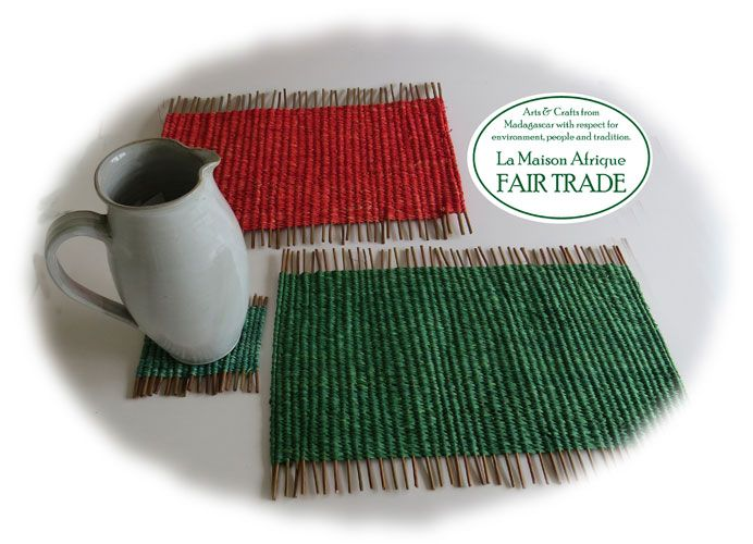 #christmas #table #style and #function  with #fairtrade  #handicraft of #naturalfibers b