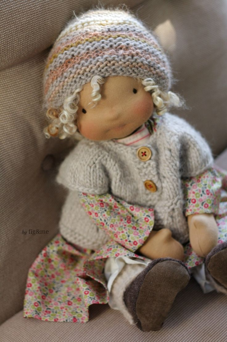 Marushka in her pretty clothes, by Fig&me