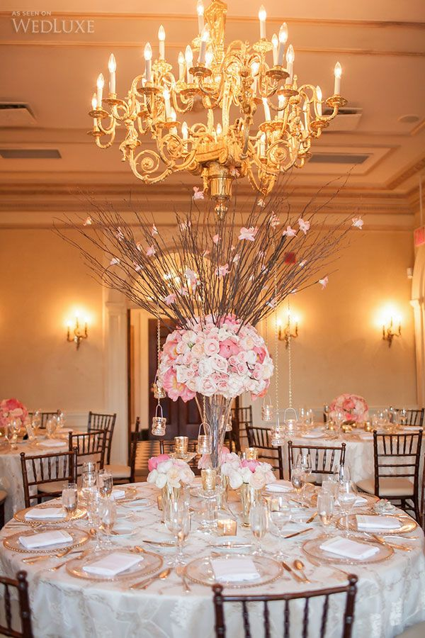 Pretty Pink & Gold Wedding at Graydon Hall Manor | We love the cherry red, pink, peach, ivory, and gold colour palette of the celebration — a modern take on the traditional Chinese wedding colours of red and gold| Photography by: Laura Jane Photography