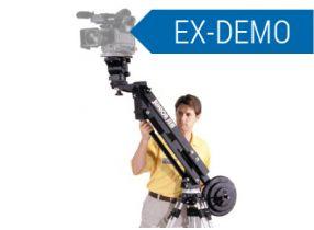 EzFx Jib Junior 90 - EzFx EzFx Jib per Telecamere e Cineprese fino a 23 Kg. Consente di elevare la Camera oltre 90 Cm rispetto la testa del Cavalletto (non fornito) Si monta su qualsiasi treppiede con testa fluida con portata di almeno 10 Kg. Info http://www.adcom.it/it/treppiedi-supporti/carrelli-slider-teste-remotate-cranes-e-jib/jib/ezfx-ezfx-jib-junior-90/000000000020/p_u_30_252_2826_22104_184399