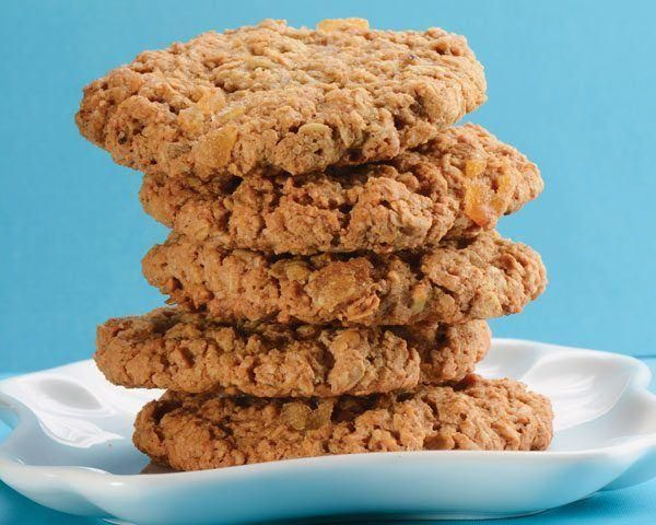Be surprised by a delightful ginger taste within this classic oatmeal raisin cookie.