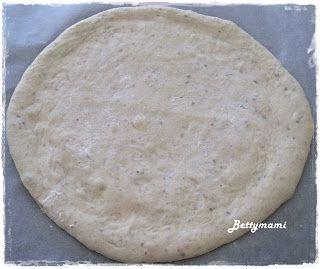 Betty hobbi konyhája: Pihe puha pizzatészta természetes(en) kovásszal